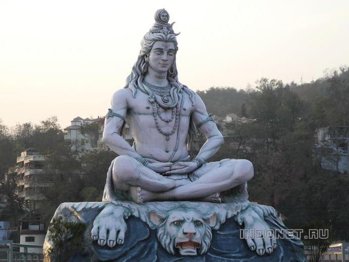 Shiva_Rishikesh_2013